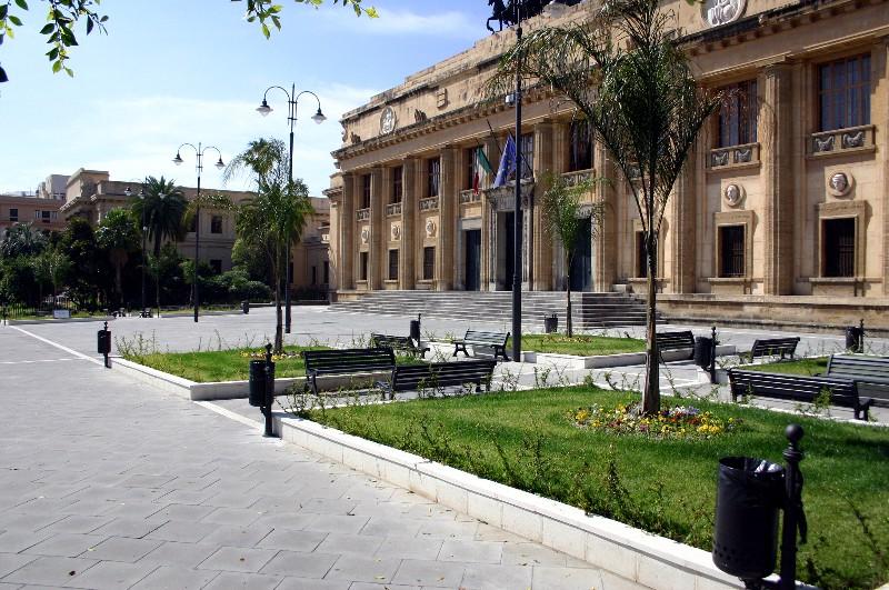 Corruzione in atti giudiziari, inchiesta da Catania a Messina