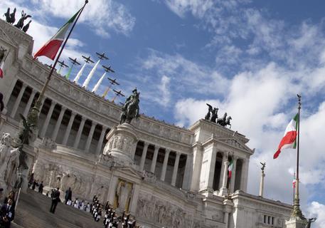 Festa della Repubblica. La cerimonia in piazza