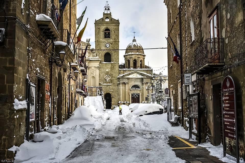 Si abbassano le temperature, torna la neve a Troina