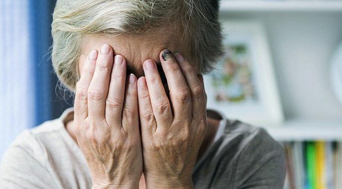 Giarre, schiaffeggia l'ex suocera e minaccia la ex moglie: ai domiciliari
