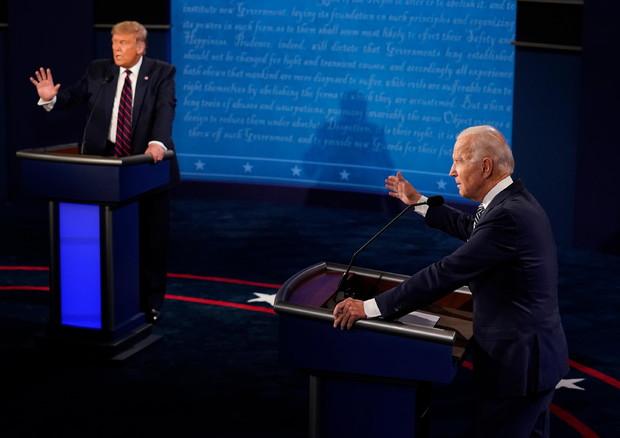 Usa 2020, Trump e Biden: insulti e caos nella prima duello in tv