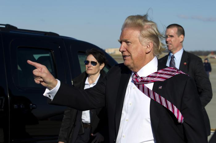 Trump, scontro con il Messico sul Muro: Asse con May