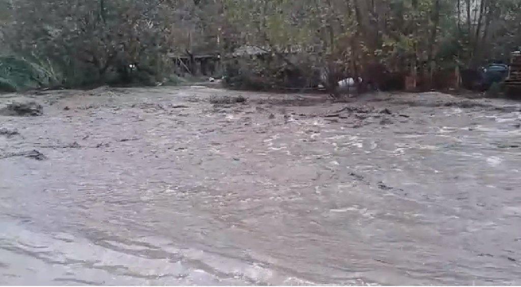 Torrente Tuccio  in piena a Catanzaro: famiglia evacuata per precauzione