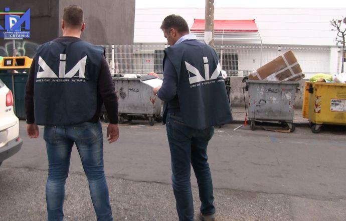 Turbativa d'asta negli appalti sui rifiuti a Catania, sigilli a imprese nel Lazio