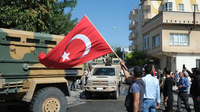 L'aviazione turca ha ripreso a bombardare il nord est della Siria