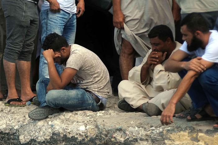 Naufragio di migranti nel Mare Egeo, 4 corpi recuperati e 23 dispersi