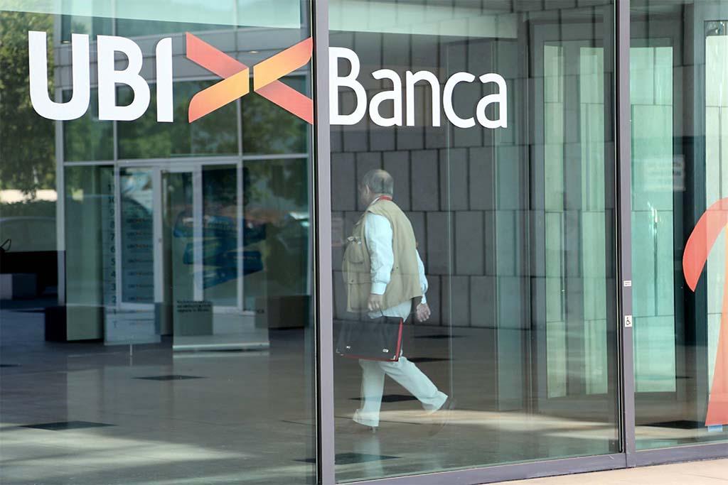 Ubi passa a Banca Intesa,  opas fa pieno di adesioni