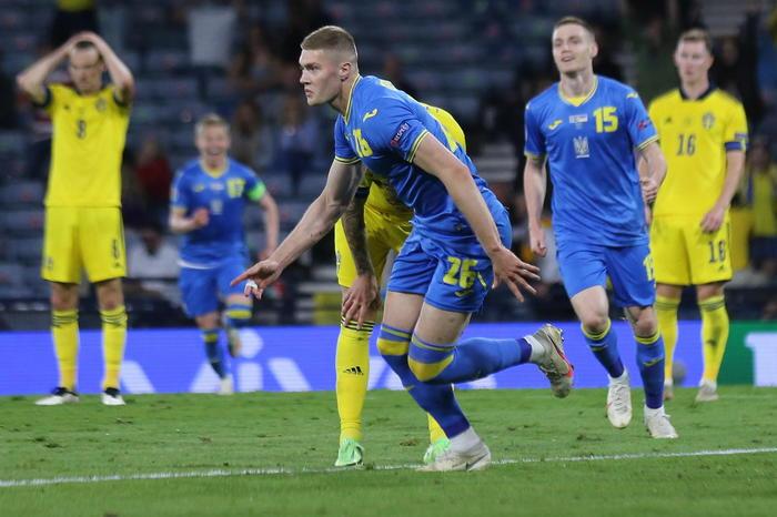 Europei, l'Ucraina gela la Svezia: il gol del 2 a 1 arriva nel finale dei supplementari