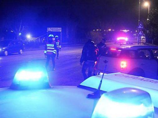 Far west in piazza a Ucria per un parcheggio: uccisi zio e nipote e un ferito