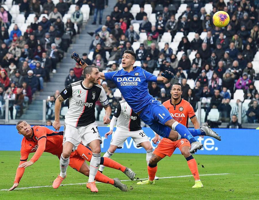 La Juventus va col tridente: l'Inter pareggia e si fa agganciare in vetta