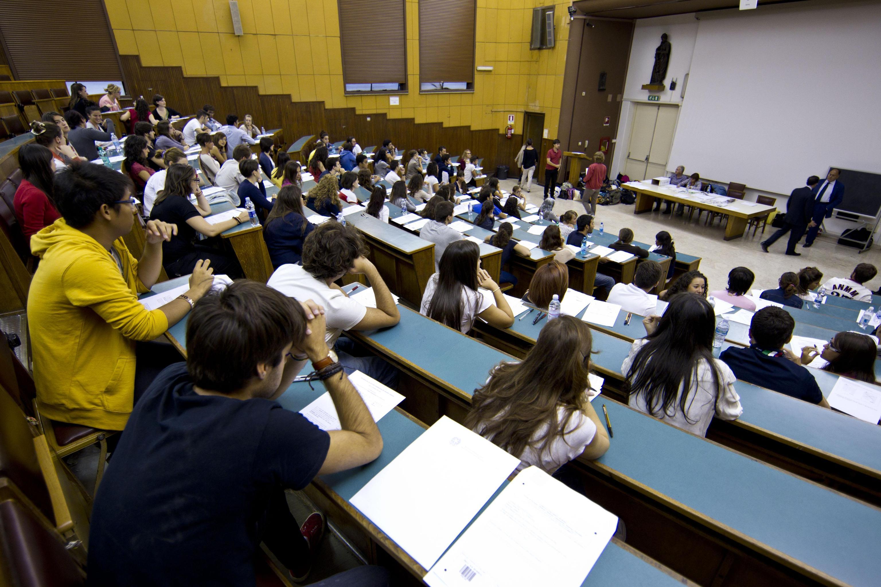 Università, Link lancia una campagna per ridurre le tasse negli atenei