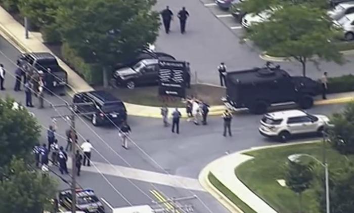 Sparatoria nella sede di un giornale negli Usa: 4 morti