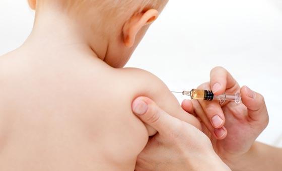Vaccini sull'obbligo per la scuola si lavora alla proroga
