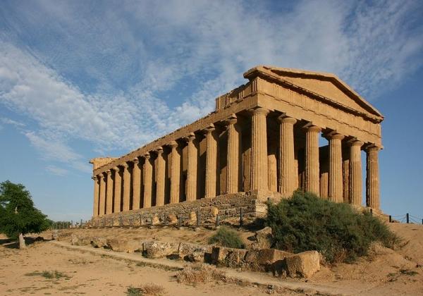 Agrigento, la Valle dei Templi simbolo di pace mondiale