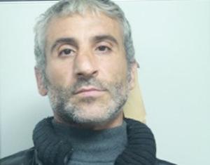 Catania, tenta di estorcere denaro a un commerciante: arrestato