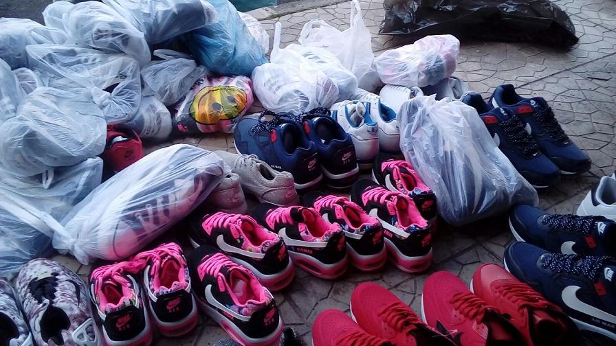 Catania, trovati capi d'abbigliamento contraffatti: scatta il sequestro