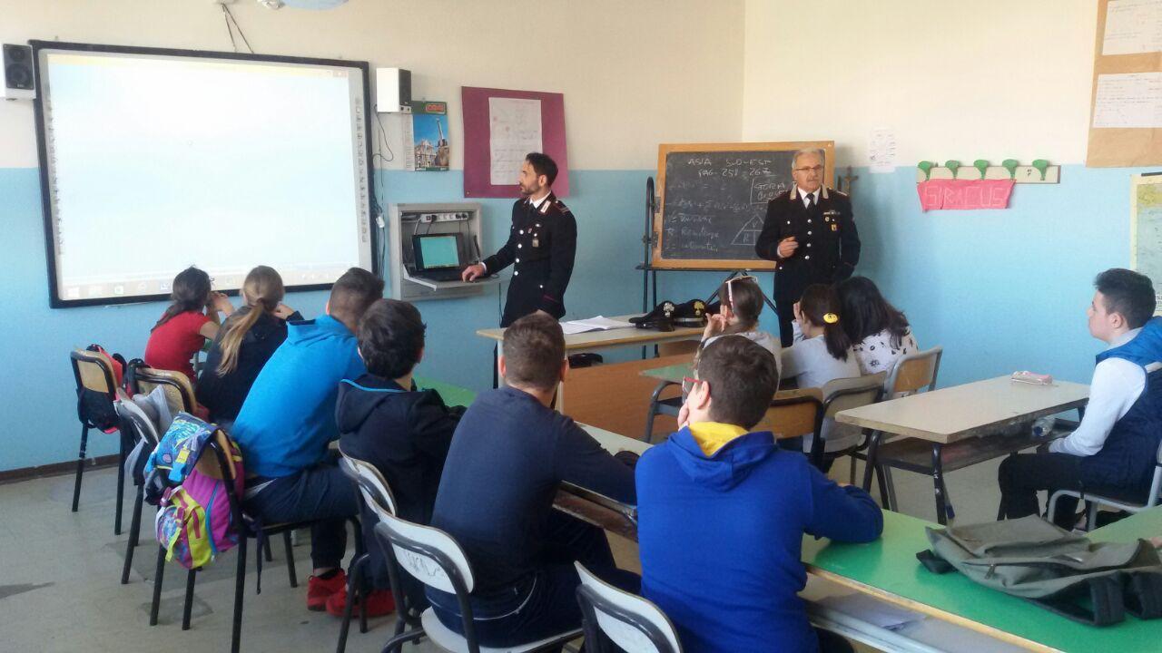 """Bullismo, i carabinieri di Siracusa fanno lezione all'istituto """"Verga"""""""