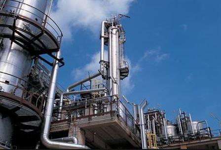 Priolo, ispettori Sk in visita alla Versalis: presidio dei dipendenti nella zona industriale
