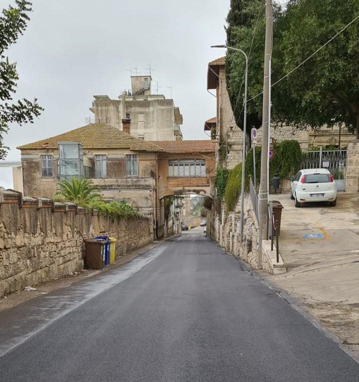 Modica, manutenzione nel quartiere Dente: strade, fotovoltaico, impianti sportivi