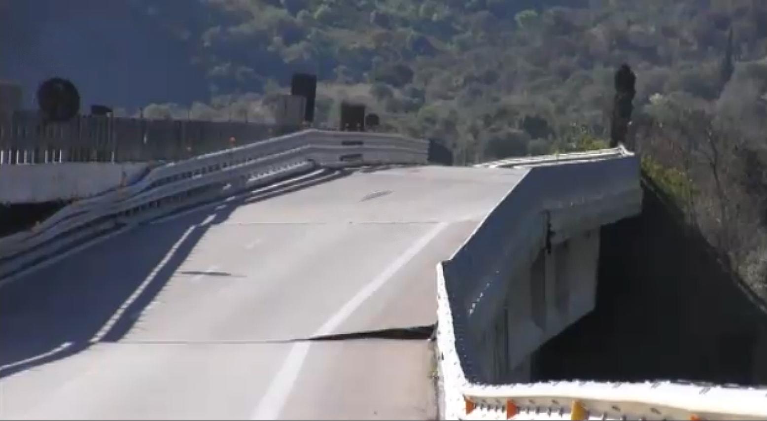 Il crollo del viadotto Himera  sulla Palermo Catania: 5 indagati