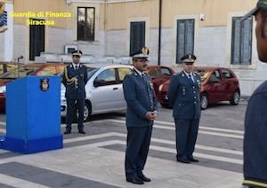 Il generale Vicanolo in visita alla Guardia di finanza di Siracusa