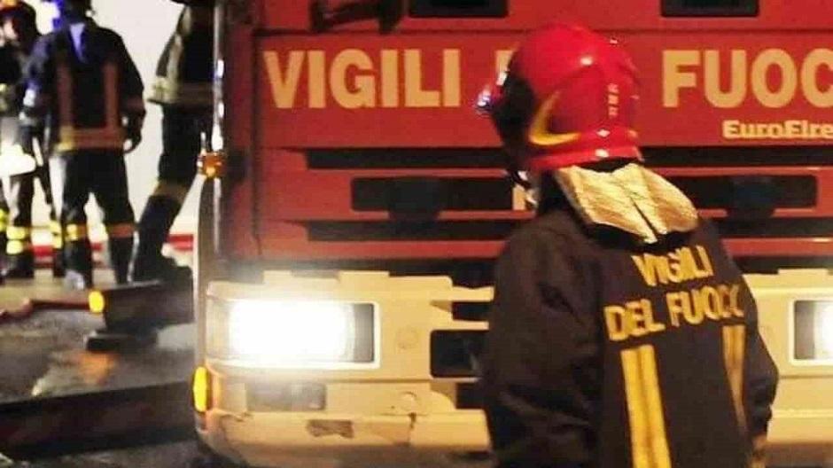 Mazara, incendio distrugge archivio cartaceo del Comune: probabile dolo