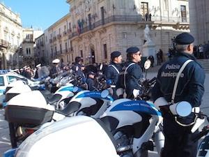 Siracusa, al Duomo festa della polizia municipale