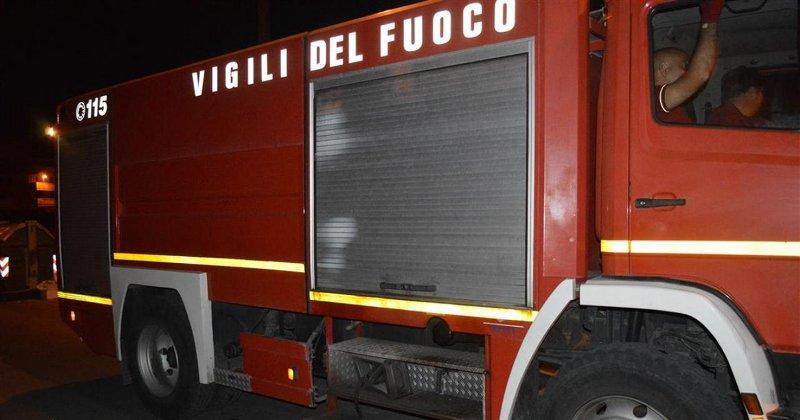 Modica, incendio in una casa di via Campailla: paura ma nessun ferito