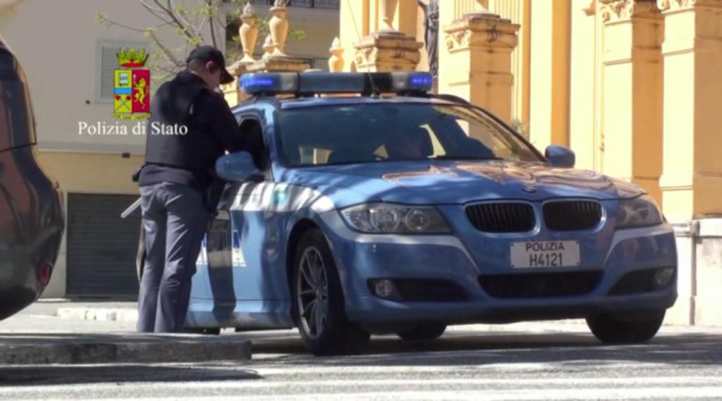 Tre giovani messinesi presi a Villa San Giovanni con la cocaina