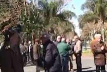 Lentini, danneggiata la lapide commemorativa per le vittime di mafia: 3 denunciati
