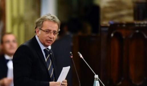 Siracusa da 5 giorni senza governo, Vinciullo: subito il Commissario