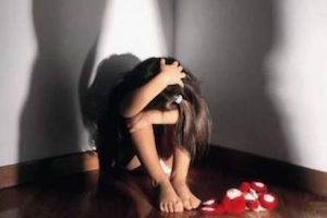 Pedofilia, violenza sessuale in una scuola materna: arrestato a Roma