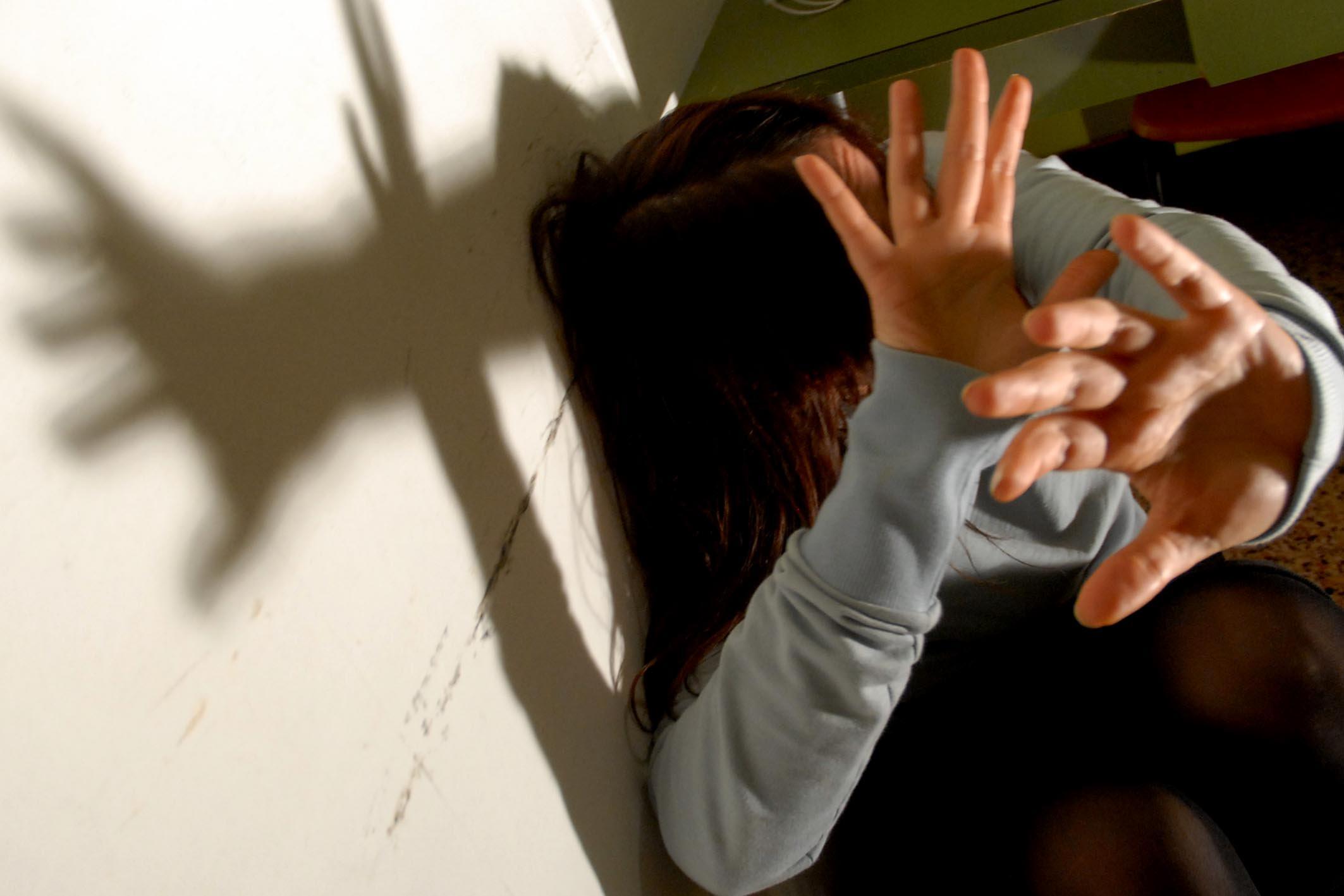 Violenze alle donne, 2 arresti a Messina in altrettante operazioni