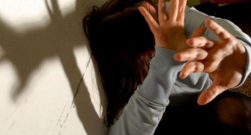 Tenta di stuprare una minorenne, eritreo arrestato a Catania