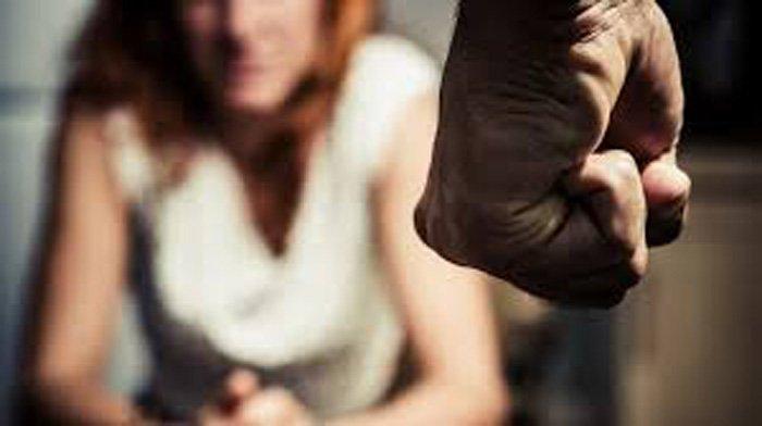 Avola, colpì l'ex moglie con un crick: deve starle lontano almeno 200 metri