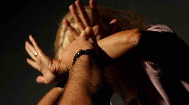 Violenza sessuale, siracusano finisce nel carcere di Cavadonna