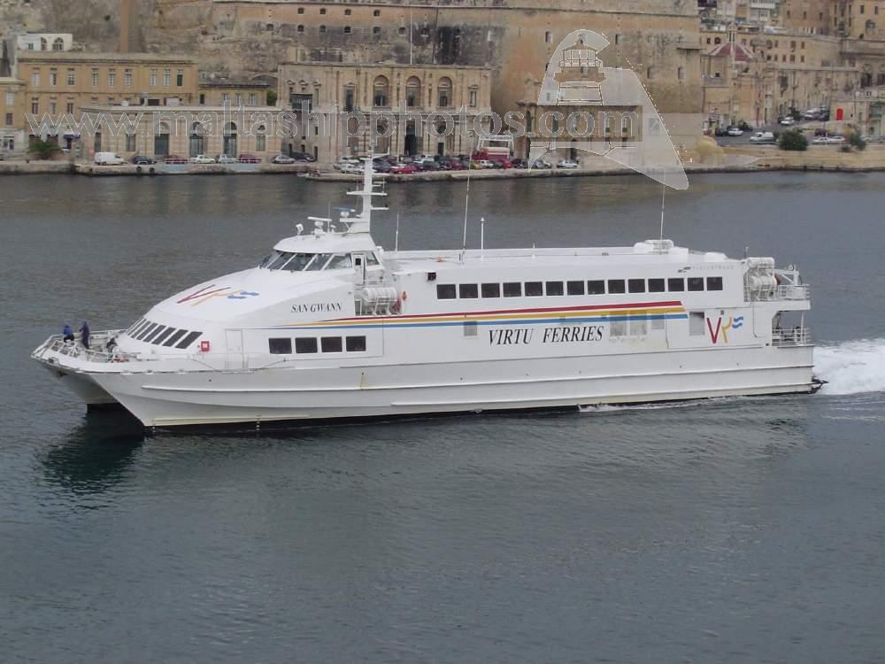 Duecento siciliani bloccati a Malta, la Regione non li fa sbarcare a Pozzallo