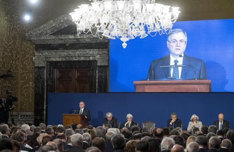 Bankitalia, 'Priorità il lavoro, avanti con riforme e niente retromarce'