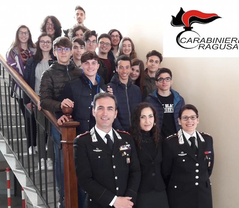 Gli studenti di Modica in visita al Comando provinciale di Ragusa