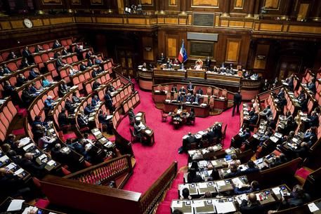 Vitalizi: il Senato approva la delibera sui tagli, esulta il M5S