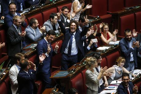 Vitalizi, stop della Camera: ora il ddl passa al Senato