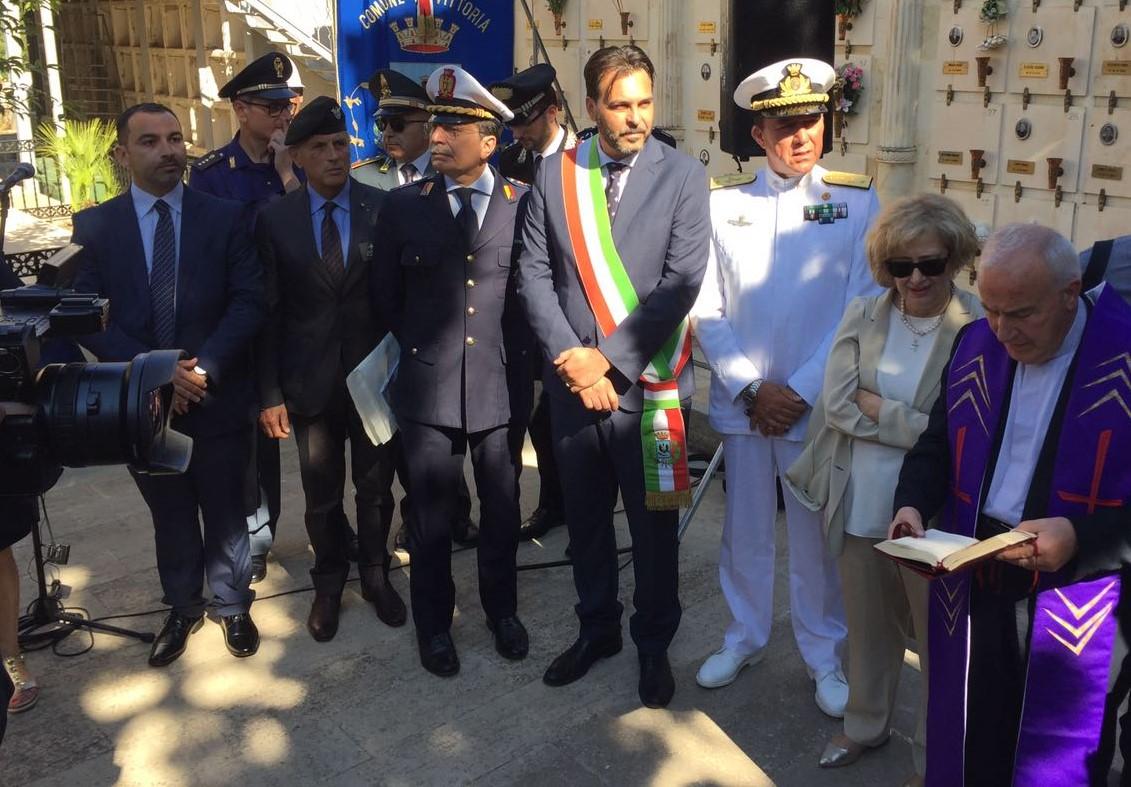 Vittoria, visita in città del ministro della Difesa ungherese