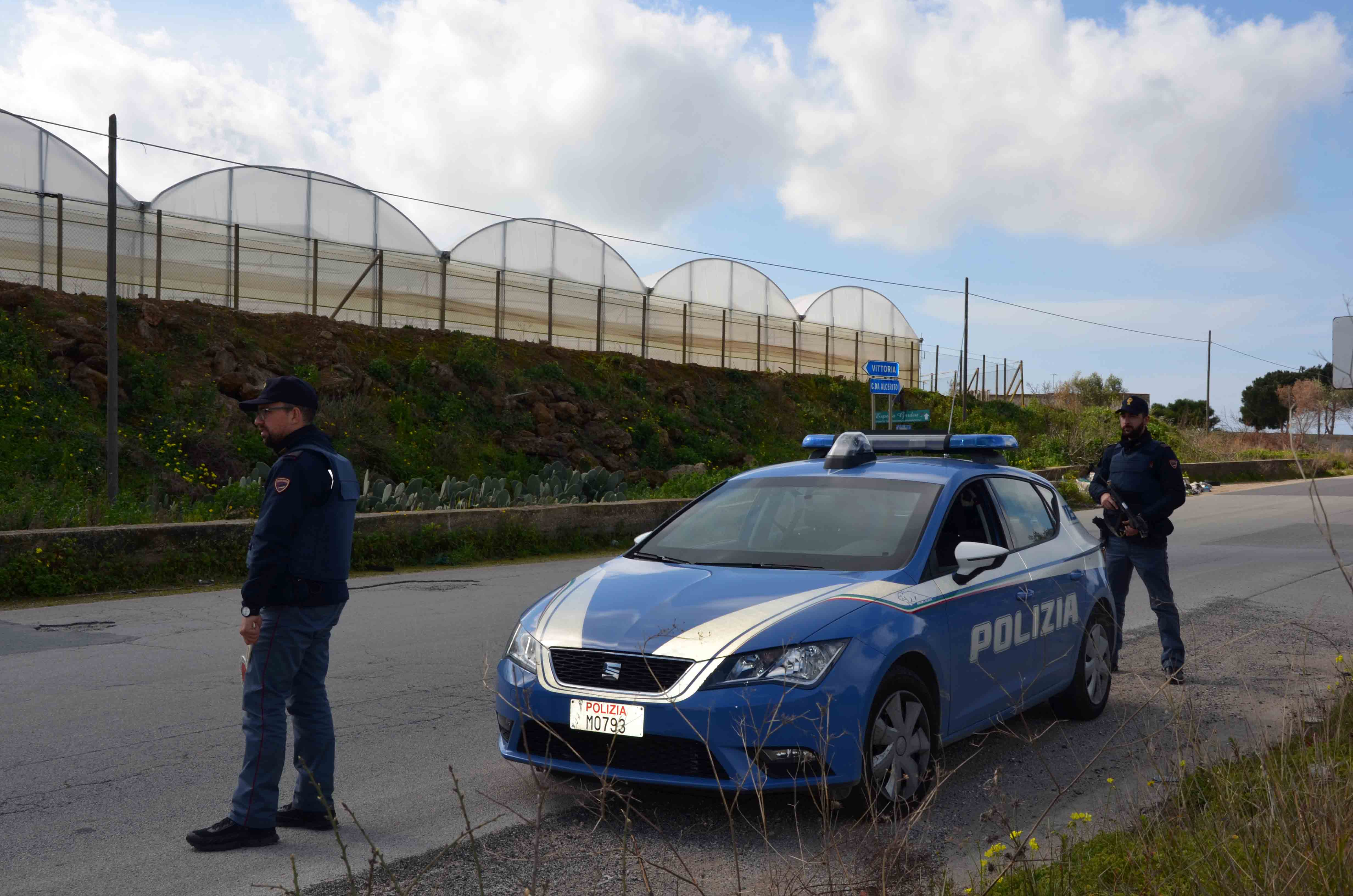 Controlli nelle campagne tra Vittoria e Acate: 6 persone denunciate