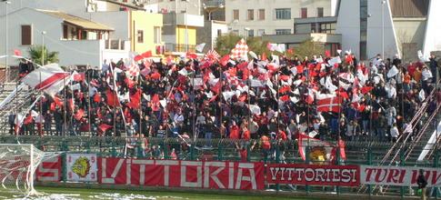 Calcio Vittoria, sostegno del Comune per l'iscrizione al campionato