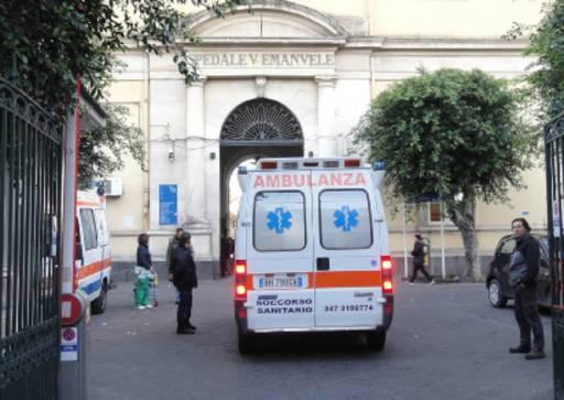 Catania, ragazzo accoltellato al torace dopo un'aggressione