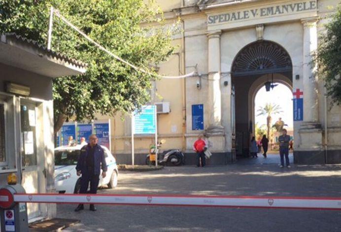 Troppa attesa in ospedale, aggrediti poliziotto e metronotte a Catania