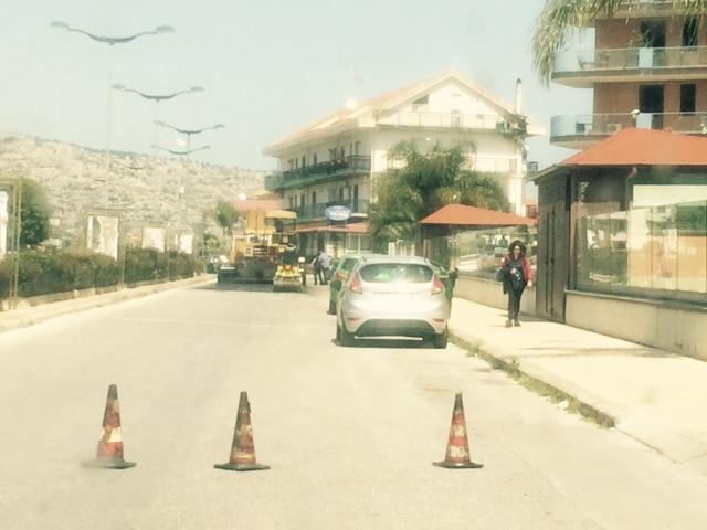 Floridia, troppe buche nelle  strade: asfalto nuovo in viale Vittorio Veneto