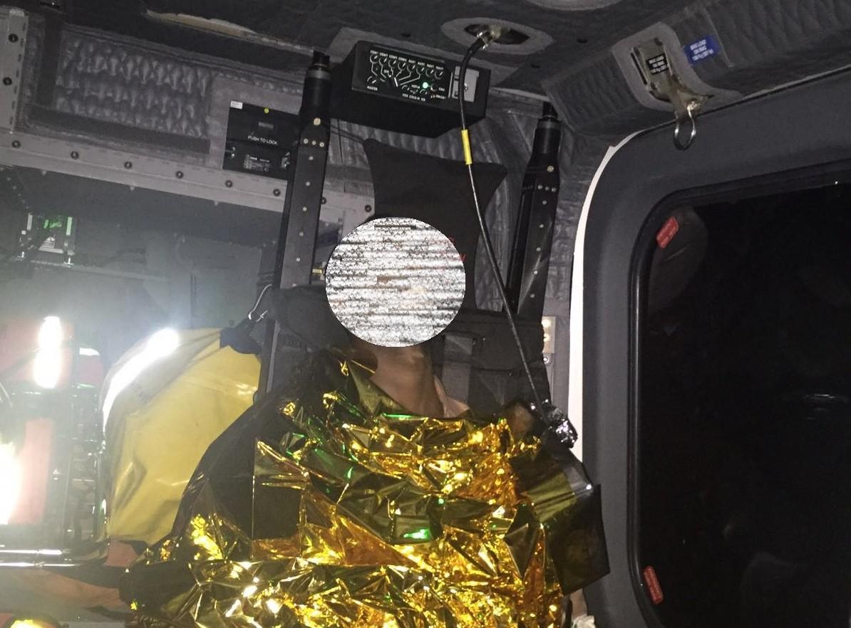 Catania, aereo della Guardia costiera preleva un migrante colpito da appendicite acuta
