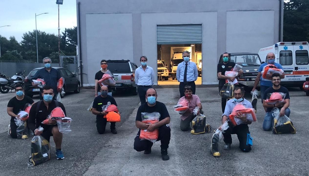 Modica, quindici nuove unità antincendio nella Protezione Civile
