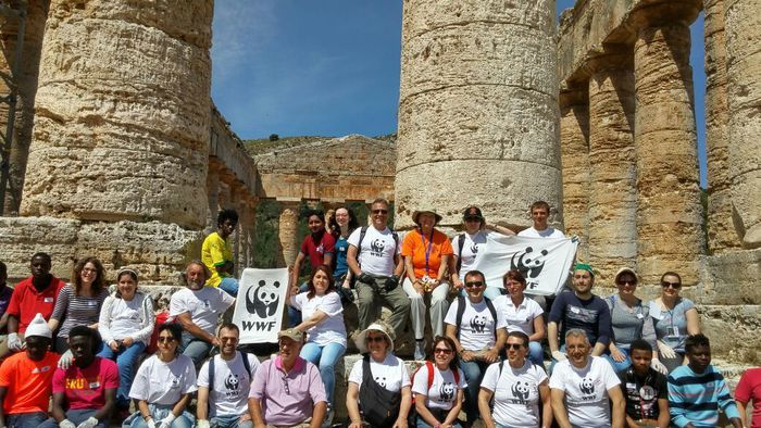 Palermo, volontari del Wwf ripuliscono il Tempio di Segesta